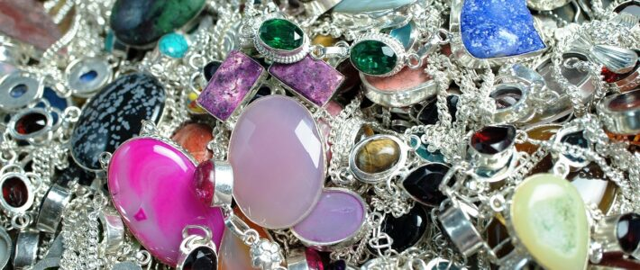 Jak zrobić biżuterię ręcznie robioną?